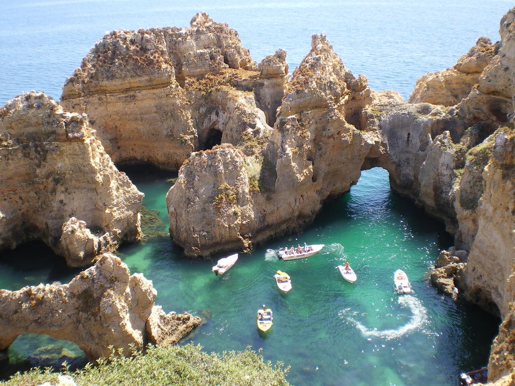 Ponta-da-Piedade-Algarve-Portugal